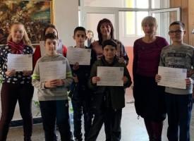 """7 деца от ОУ """"Св. Кл. Охридски"""" отиват на втори кръг на Олимпиада по английски език"""