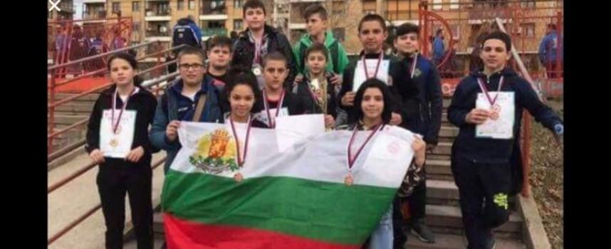 Ниш: Купата на първенството и десет медала за джудистите от Спортното училище
