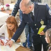 Деца от Пазарджик, Панагюрище, Велинград и Пещера се включиха в кампания против продажба да алкохол на непълнолетни