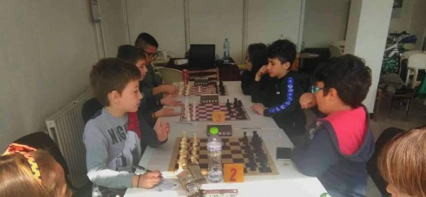 """Местата свършиха: ШК """"Оборище"""" спря записването за турнира по шахмат"""