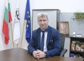 Николай Зайчев: Желая здраве и благополучие във всеки пещерски дом!
