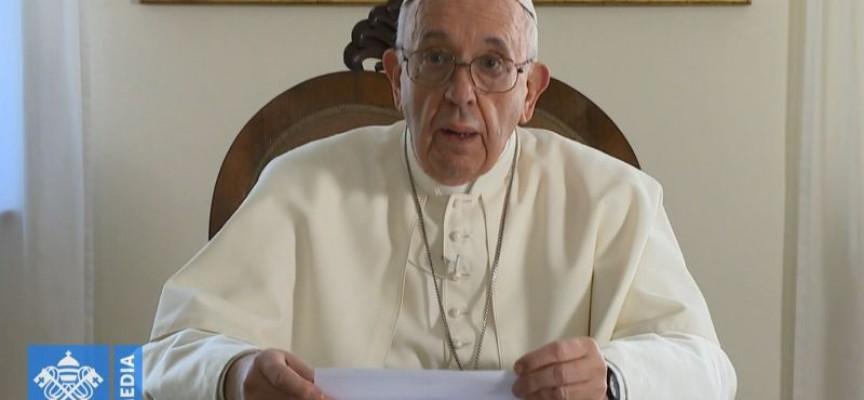Папа Франциск: Вашата земя е родина на свидетели на вярата, още от времето, когато светите братя Кирил и Методий са разпространявали там Евангелието