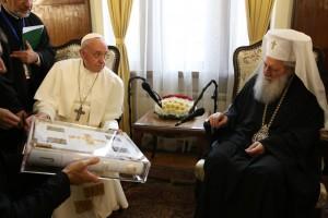 05подарък-папата-патриарх1