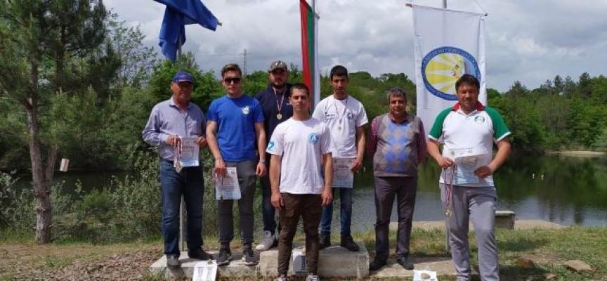Добро начало на старта в Харманли за пазарджишките корабомоделисти