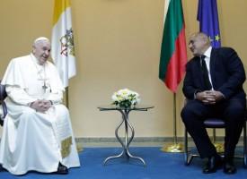 Папа Франциск към към премиера Борисов: Останах много доволен, защото сте един здрав народ