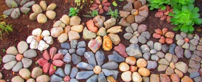 Къщовница: Как да освежим пътеките в двора?