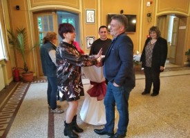 Със самостоятелна изложба на Бояна Попова и концерт на Николай Учкунов Брацигово почете 9 май
