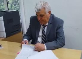 """Кметът на Ракитово подписа договор с ДФ""""Земеделие""""за спортна площадка в Дорково"""