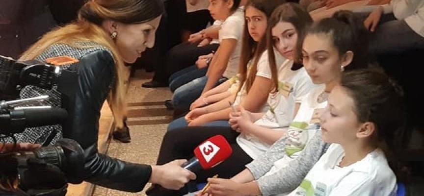 Добрата новина: Петокласничката Белослава Комсийска с национална награда за правопис