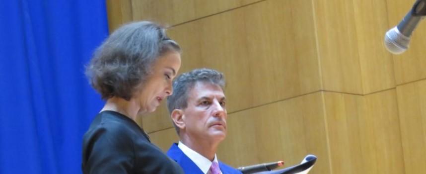 Инцидент на магистралата забави Йоана Буковска и церемонията за наградите на културните дейци
