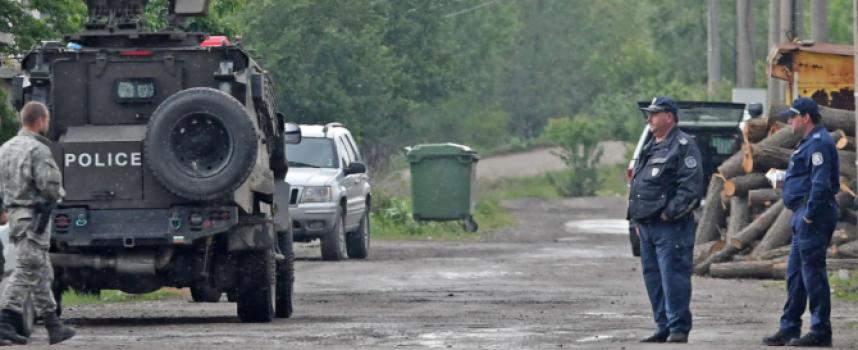 Безпрецедентна акция на полицията тече в Костенец, осми ден без следа от Чане