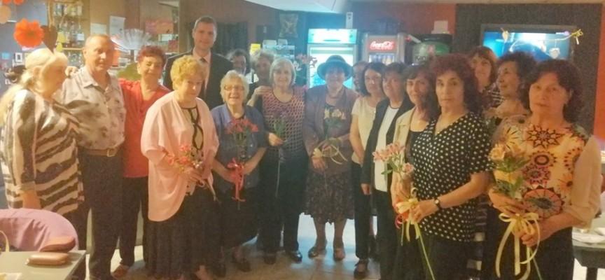 Областният управител проведе традиционната си среща с клуба на учителите пенсионери.