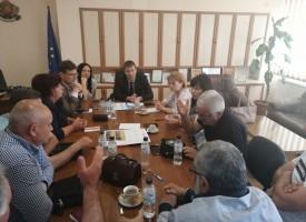 Стефан Мирев се среща с ръководството на МРРБ за ремонта на пътя за Нова Махала и Фотиново