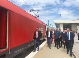 Премиерът направи оглед на гара Пазарджик