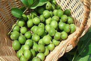 18зелени орехи