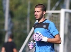 Вратарят Александър Любенов се присъединява към отбора на ФК Хебър