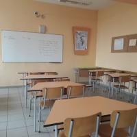 УТРЕ: Учениците от 1-ви до 4-ти клас се връщат в училището, ето какво още разреши министър Ангелов