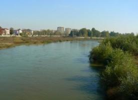 Правителството отпусна пари на областния управител за възстановяване дигите на Марица, получават средства в Белово, Стрелча и Велинград