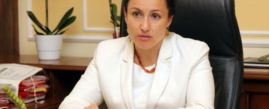 Министър Танева идва за среща с кметовете и Димитър Петков