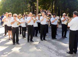 Стенли, Графа, Мария Илиева и Стефан Илчев ще пеят любими български песни за Деня на миньора