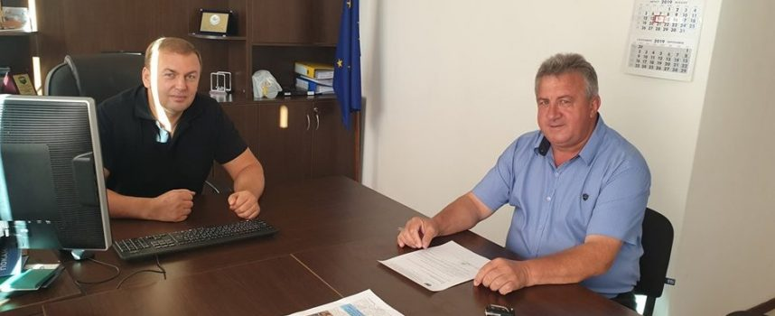 Жителите на община Сърница ще получат дърва за огрев