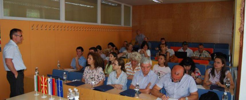"""Гимназията по икономика в Пазарджик най-желан партньор по проекта """"Моят Виртуален Град"""""""