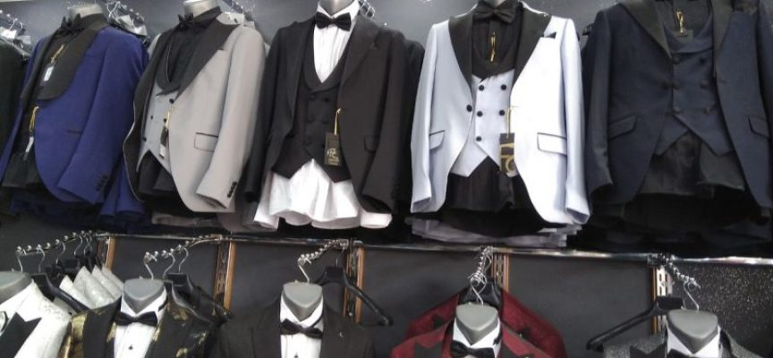 """Кв. """"Изток"""": 158 ката костюми и 26 чифта обувки иззе полицията от квартален магазин"""