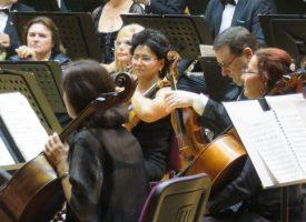 УТРЕ: Пазарджишките симфоници правят премиера на най-новата композиция на Луис Уолтърс