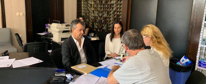 Листа с 20 кандидати регистрира Глас народен в Пазарджик, лекари, часовникар и актьори ще търсят място в ситипарламента