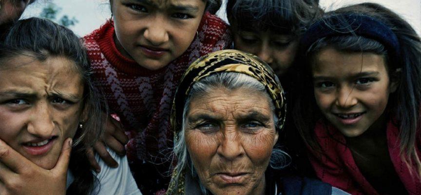 """Октомври – """"циганското лято"""" и как живееха циганите в Пазарджик преди век?"""