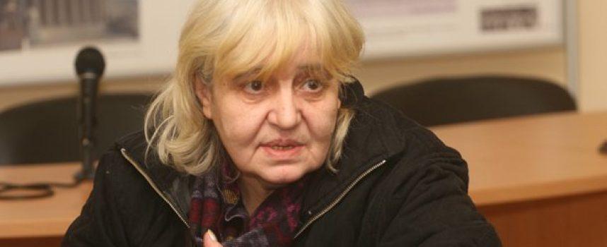 Време за литуратура: Осем години от смъртта на поетесата Малина Томова