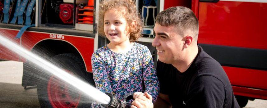 Децата от ОДЗ «Снежанка» гостуваха на пожарникарите от Пазарджик