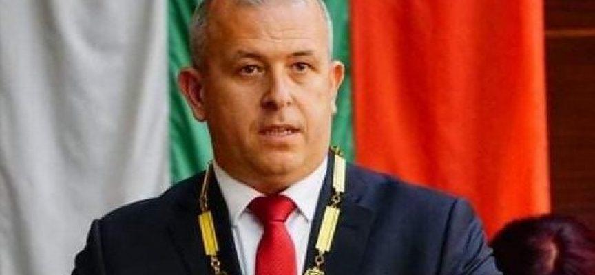 Йордан Младенов отчете първата година от мандата си