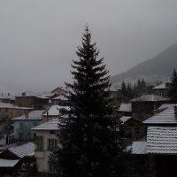 В Равногор вече си честитят първия сняг