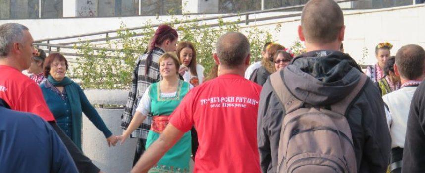 """В събота: ХI-ти Национален фестивал за народни хора """"Тракийска броеница"""""""