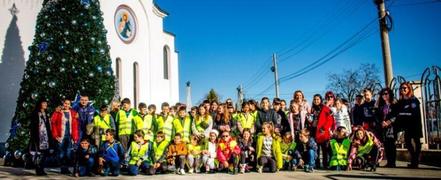 Доброволците от Детското полицейско управление посетиха храмове в областта