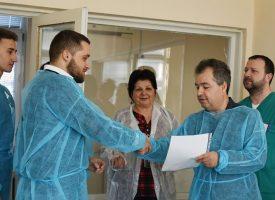 """""""Пазарджик обича"""" дари пет кислородни палатки за недоносени"""