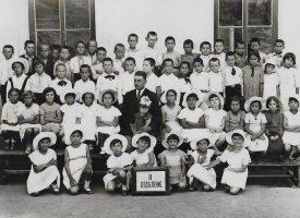 Знаете ли, че: Статистиката сочи, че през 1893 г. един учител е преподавал на 45 ученици