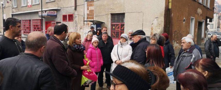Манолова: Ще внесем законодателни промени, така че и кметовете да имат отношение към разрешителните за отпадъци