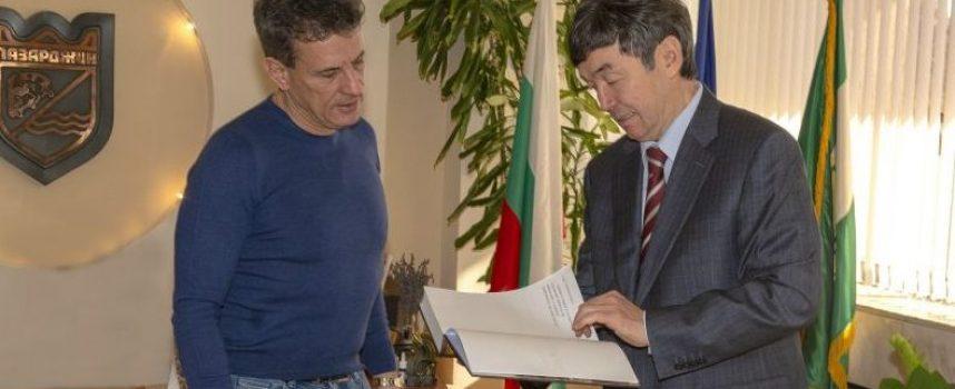 Тодор Попов се срещна с Темиртай Избастин– посланик на Казахстан