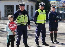 """Деца от НУ""""Отец Паисий"""" се обучаваха днес на пътна безопасност"""