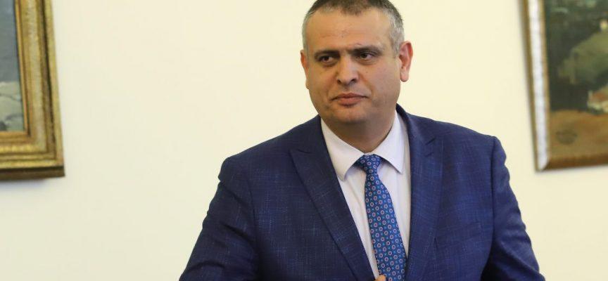 Шефът на АПИ изпълни указанията на премиера Бойко Борисов, обходи селата