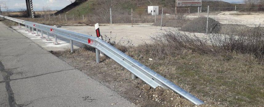 Обезопасиха и с мантинела мястото на пробива на магистралата