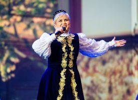 Николина Чакардъкова весели пазарджиклии на 3 март, вижте програмата
