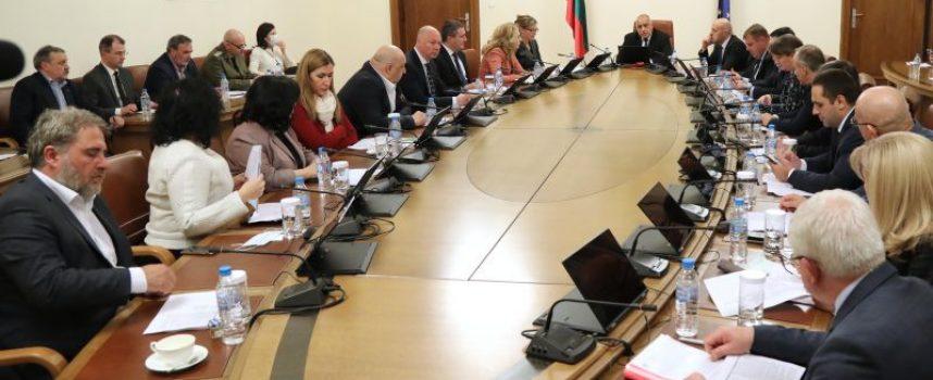 Кабинетът иска удължаване на извънредното положение до 13 май