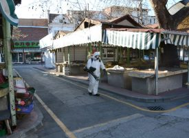 Заради COVID-19: Дезинфекцираха пазара, от утре там ще се продава само храна