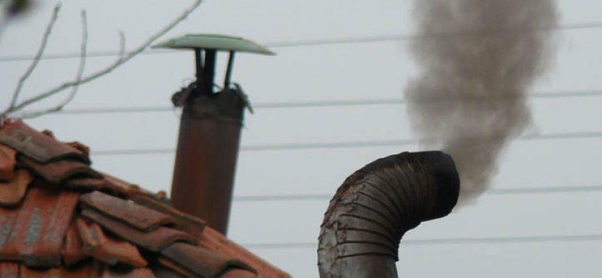 Какво вдишваме? COVID-19 може да ни убие бързо, а димът – постепенно