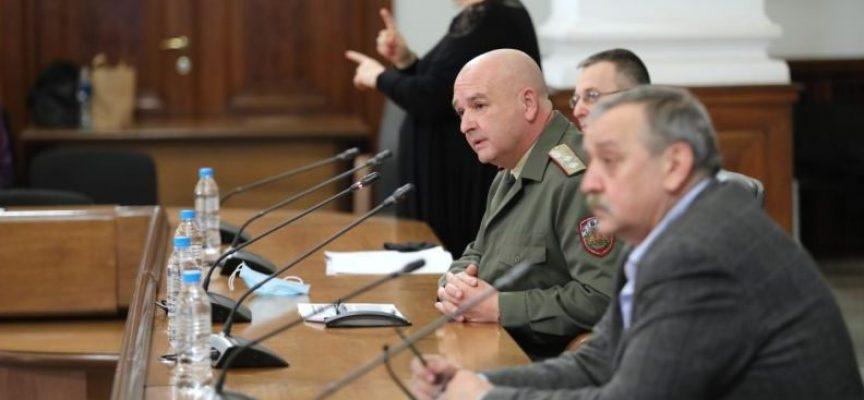 СOVID-19 взе 14-а жертва в България, заразените са 485