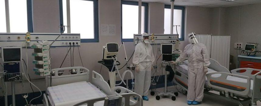 """В """"Уни Хоспитал"""" успешно бе лекуван и изписан пациент с COVID-19"""