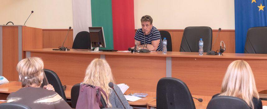 Тодор Попов: До 10 юни в Пазарджик започва санирането на малките сгради